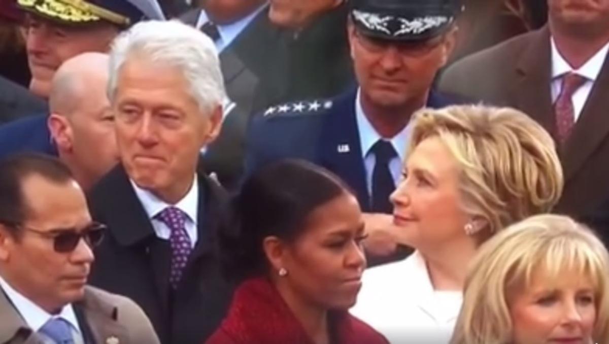 """Το όλο νόημα βλέμμα της Χίλαρι όταν έπιασε τον Μπιλ να """"χαζεύει"""" την Ιβάνκα  [vid]"""