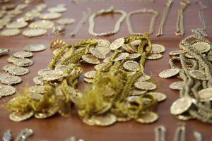 """Συμμορία Ρομά: Η ειδική ομάδα """"Μίδας"""" θα ανακαλύψει την πορεία του χρυσού"""
