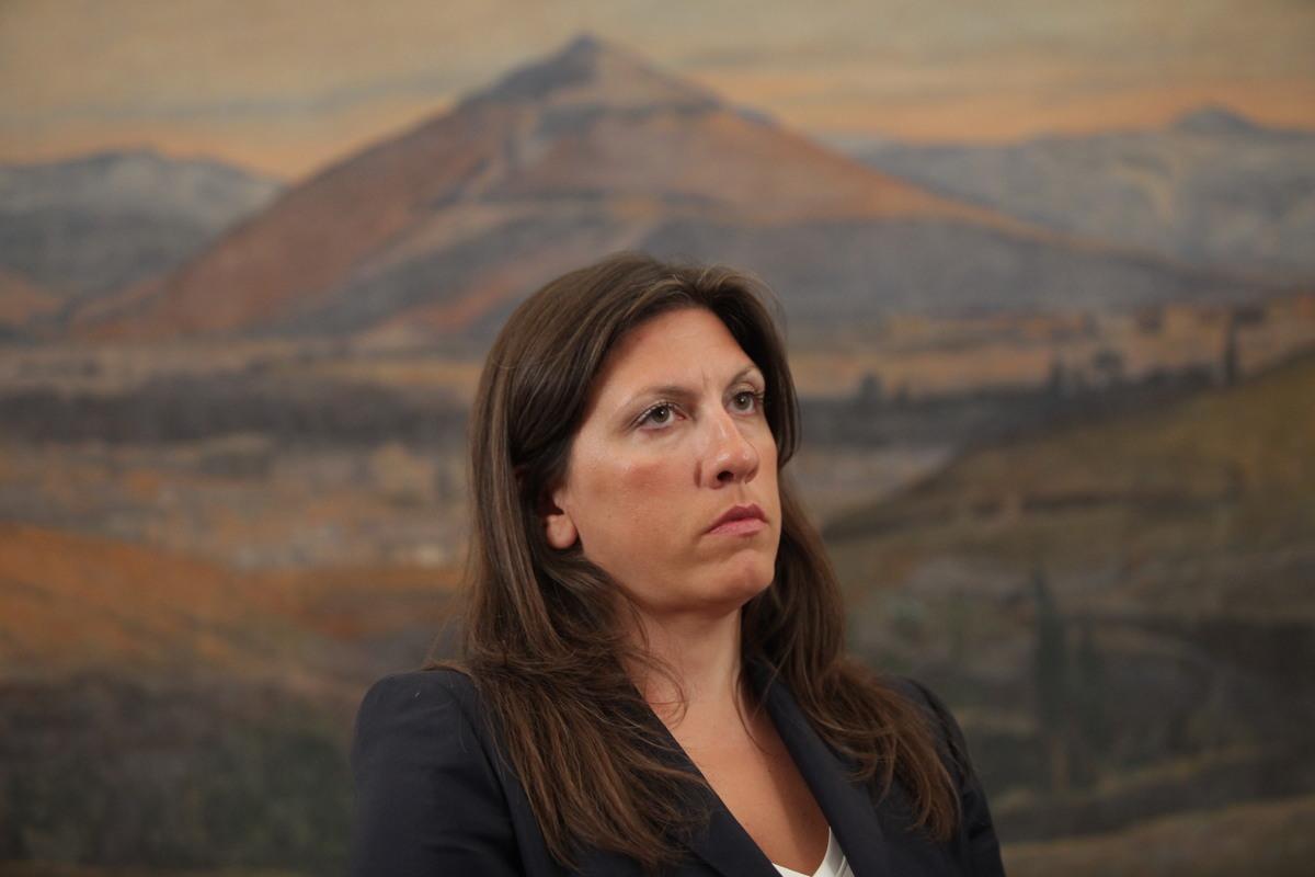 """Η Κωνσταντοπούλου """"πέφτει""""… μαχόμενη: Έδωσε το πόρισμα της Επιτροπής Χρέους!"""