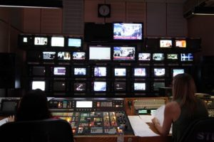 ΕΙΤΗΣΣΕ: «Η Κομισιόν δεν έχει βγάλει απόφαση για τις τηλεοπτικές άδειες»