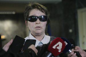 """""""Περίεργη"""" διάρρηξη στο βουλευτικό αμάξι της Κούνεβα"""