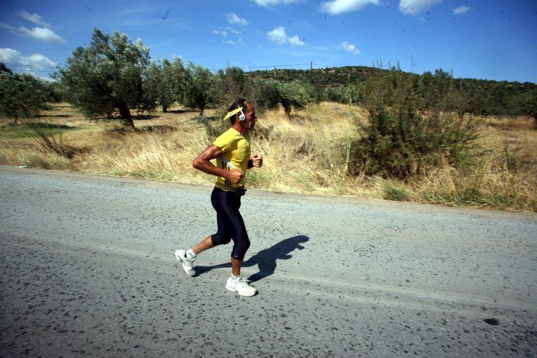 Τιμητικές εκδηλώσεις στα Χανιά για τον υπεραθλητή Γιάννη Κούρο που θα τρέξει 75 χλμ