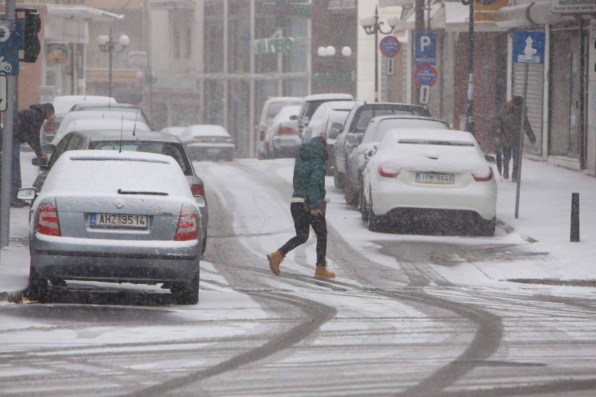 Καιρός: Στην κατάψυξη η βόρεια Ελλάδα – Οι βροχές ήρθαν για να μείνουν