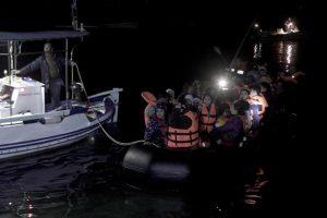 Κι άλλο σκάφος με πρόσφυγες έφτασε στη Λέσβο! Προβληματισμός από τις αφίξεις που άρχισαν και πάλι