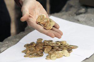 """Αποκαλυπτικά στοιχεία: """"Σκοτώνουν"""" χρυσές λίρες για να πληρώσουν φόρους!"""