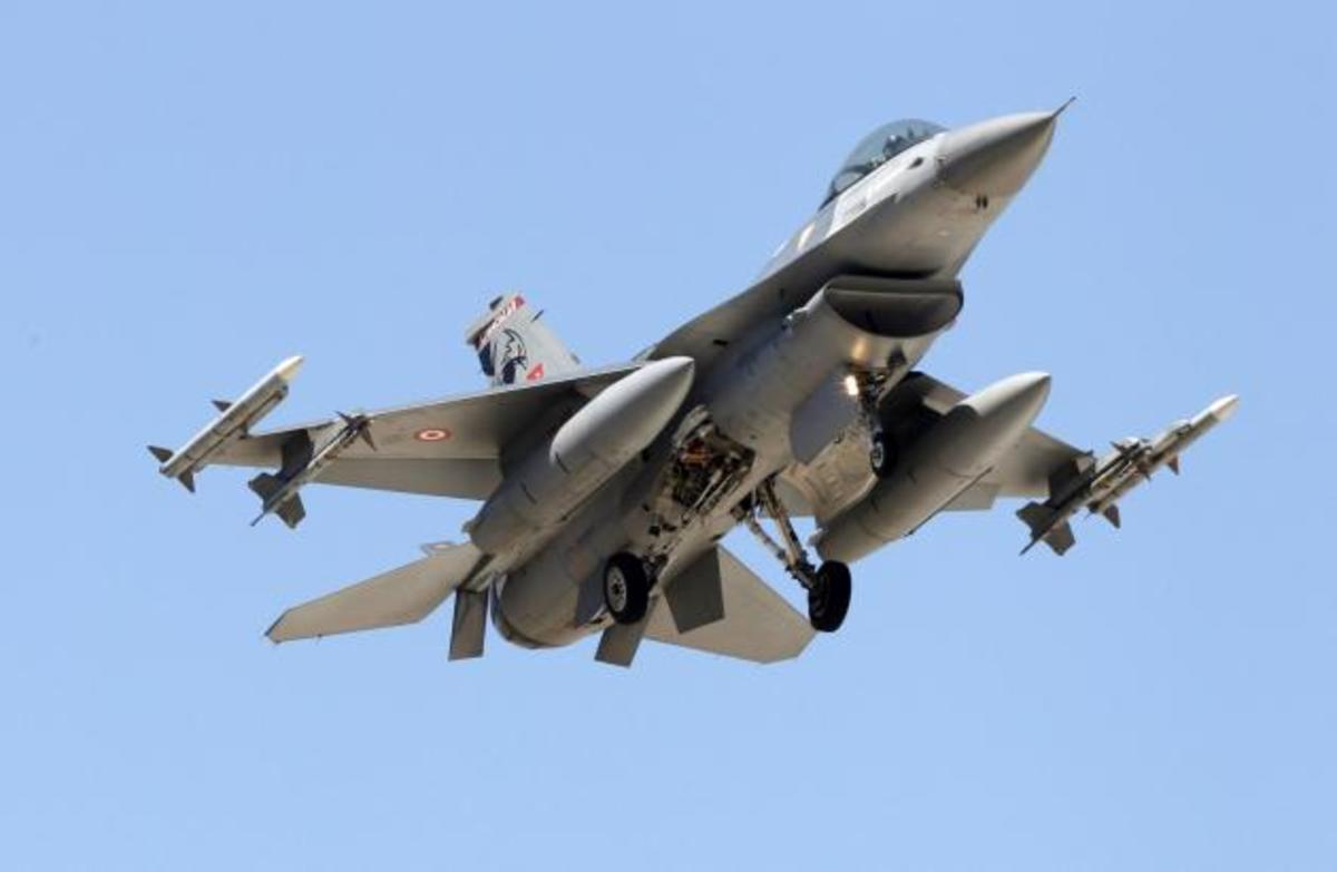 """""""Αερομαχίες"""" με πάνοπλα τουρκικά μαχητικά πάνω από το Αιγαίο"""