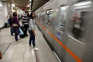 Παραμονή Πρωτοχρονιάς: Δρομολόγια μετρό, ηλεκτρικού, λεωφορείων και ΟΑΣΘ
