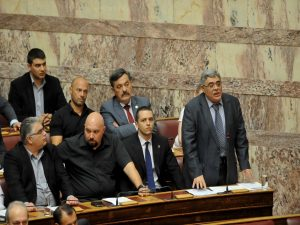 Εκλογές 2015: Οργή των κομμάτων για τις δηλώσεις Μιχαλολιάκου για τον Φύσσα