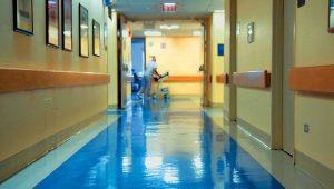 Κόλαφος ο Guardian για την Υγεία στην Ελλάδα: Ασθενείς που πρέπει να ζήσουν, πεθαίνουν!