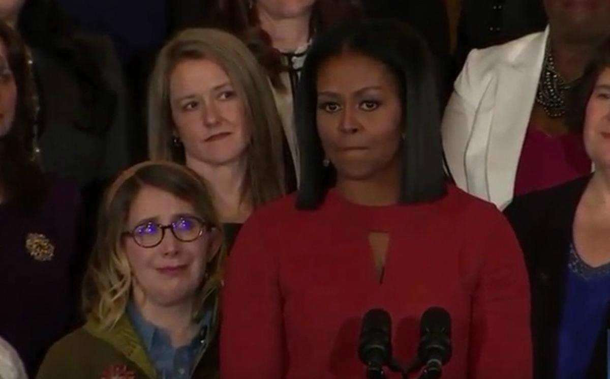 Συγκινήθηκε η Μισέλ Ομπάμα: Να είστε περήφανοι αν είστε μετανάστες [vid]
