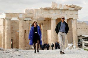 Μπαράκ Ομπάμα: Τουρίστας στην Ακρόπολη [pics, vids]