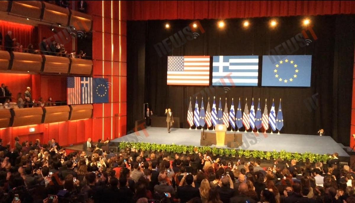 """Όλα τα ελληνικά του Ομπάμα! """"Spanakopita"""", """"foustanela"""", """"ouzo"""", """"antetokounmpo""""! [vid]"""