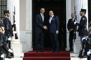 """Ομπάμα: Διπλό """"μήνυμα""""! Στην Ευρώπη για χρέος, στον Τσίπρα για μεταρρυθμίσεις [pics]"""