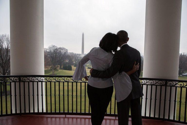 Η τελευταία μελαγχολική βόλτα της Μισέλ Ομπάμα στο Λευκό Οίκο [vid, pics]