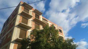 Χανιά: Στο νοσοκομείο άστεγοι που έβαλαν φωτιά σε αυτή την οικοδομή για να ζεσταθούν [pic]