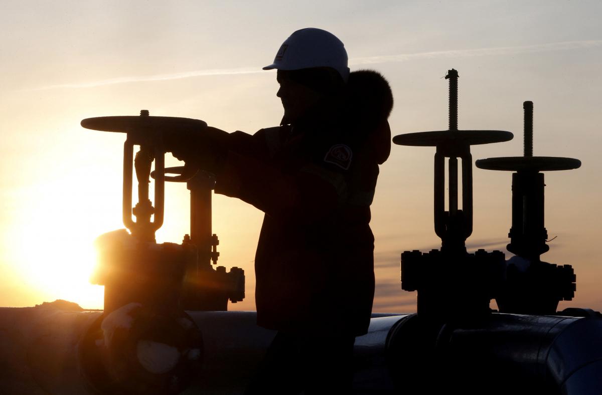 Συμφωνία Ρωσίας – Σαουδικής Αραβίας για μείωση της παραγωγής πετρελαίου
