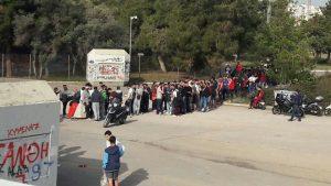 """Ολυμπιακός – Εφές: Χαμός έξω από το ΣΕΦ! """"Πόλεμος"""" για ένα εισιτήριο"""