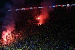 """Τελικός Euroleague: """"Φωτιά"""" οι δρόμοι της Τουρκίας από τους πανηγυρισμούς [vids]"""