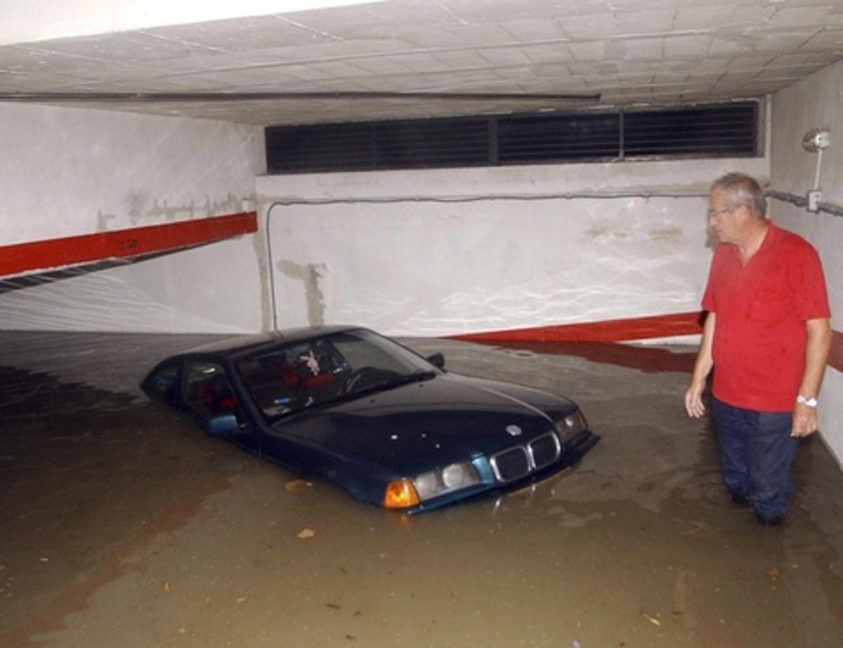 """""""Βροχή"""" οδηγιών ενόψει κακοκαιρίας"""