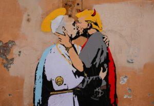 """Σάλος! Πάπας Φραγκίσκος και Ντόναλντ Τραμπ """"φιλιούνται"""" παθιασμένα στο στόμα! [pics]"""