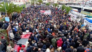 """""""Νέκρωσαν"""" τα νησιά του Β. Αιγαίου για τις συγκεντρώσεις λόγω… ΦΠΑ"""