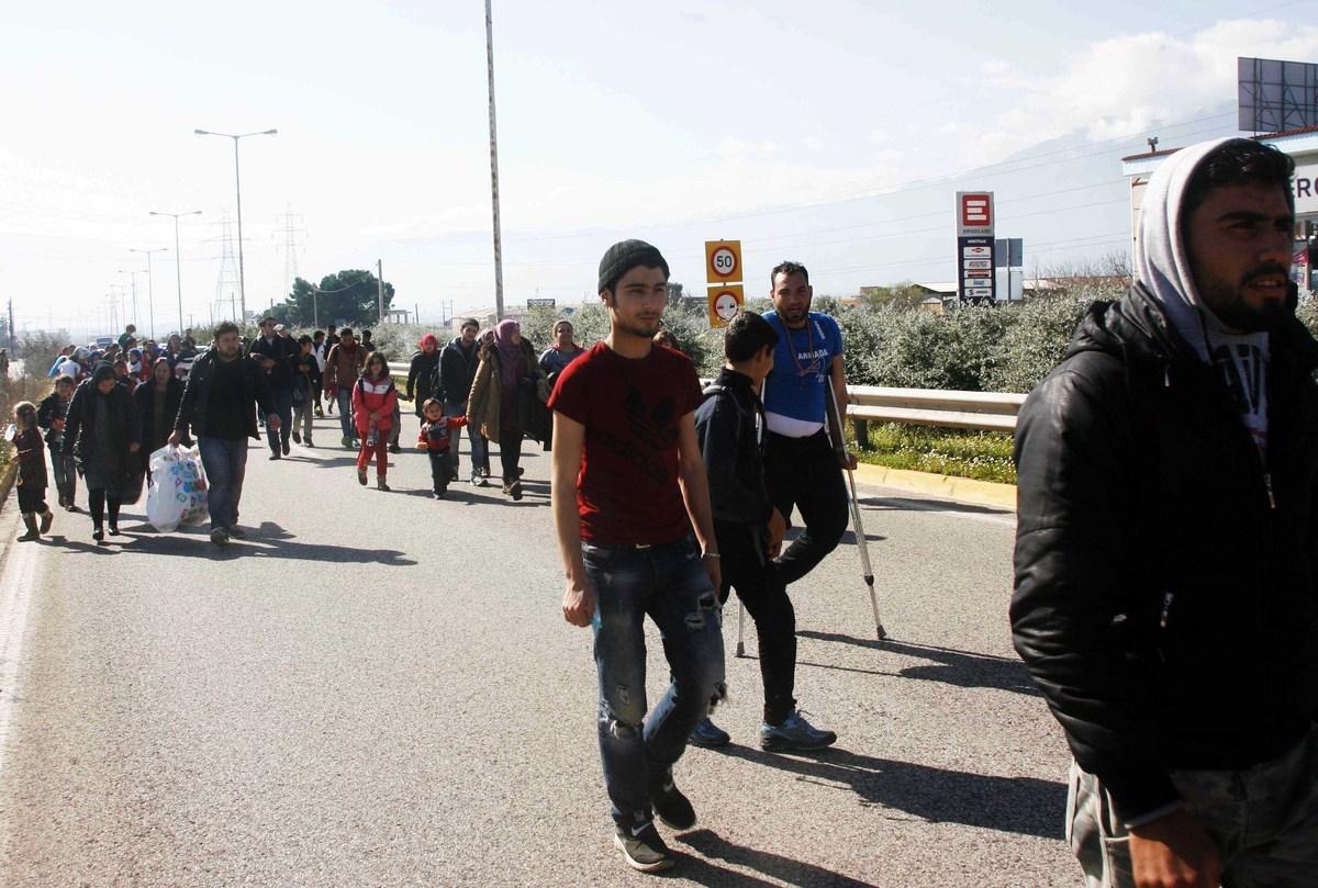 Χώρα περιπλανώμενων και απελπισμένων ανθρώπων η Ελλάδα