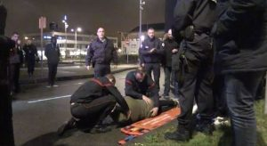 Παρί: Άγριο κράξιμο μετά την ταπείνωση – Τραυμάτισε οπαδό ο Μότα! [pics, vid]