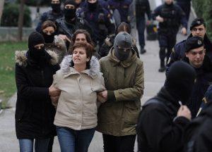 Η Πόλα Ρούπα καταγγέλλει συνεργάτη της Κούνεβα για απόπειρα δωροδοκίας