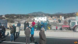 """Αγρότες: Μπλόκα… αστυνομικών και """"κρυφτό"""" στις Σέρρες [pics, vids]"""