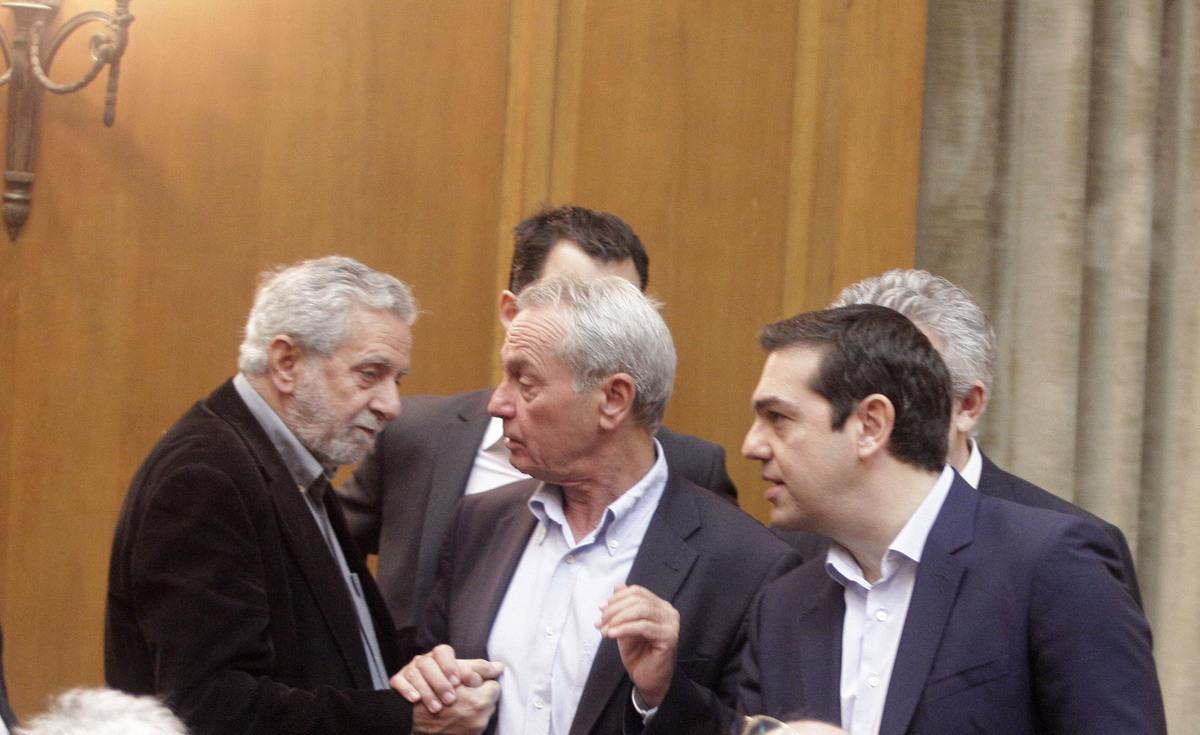 """Χάος από τη δήλωση του υφυπουργού Σγουρίδη πως ο Τσίπρας παραπλάνησε τους αγρότες: """"Όπως ο Σαμαράς και ο Παπανδρέου"""""""