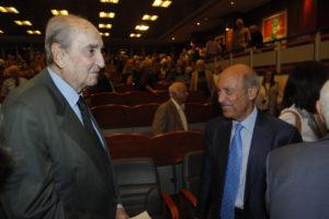 Αντίο και αποθέωση Σημίτη για τον Κωνσταντίνο Μητσοτάκη