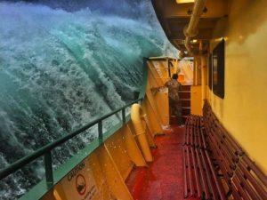 """Σοκ και δέος! Πλοίο """"παλεύει"""" με πελώρια κύματα! [pics, vid]"""