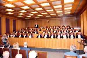 ΣτΕ: Απολύθηκαν από το Δημόσιο τρεις υπάλληλοι του ΣΔΟΕ που εκβίαζαν επιχειρηματίες