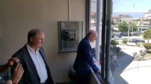 Γιούχα σε βουλευτή του ΣΥΡΙΖΑ στο Νοσοκομείο Τρικάλων [vid]