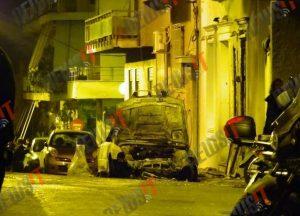 Επίθεση με βόμβες μολότοφ στο σπίτι του υπουργού Επικρατείας Αλέκου Φλαμπουράρη