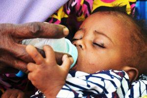 Unicef: Σχεδόν 1,4 εκατομμύρια παιδιά κινδυνεύουν να πεθάνουν από την πείνα