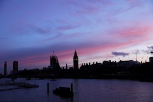 Το ματωμένο ηλιοβασίλεμα του Λονδίνου [pics]