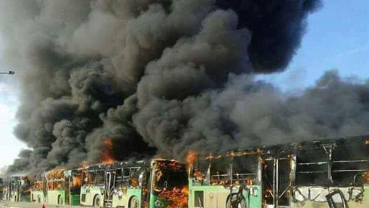 Συρία: Έκαψαν λεωφορεία που θα μετέφεραν αμάχους! [pics, vids]
