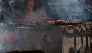 Τσικνοπέμπτη: Vegans και vegetarians τη λένε Τσικ-no-Πέμπτη