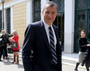 """Θεοδωράκης: """"Η κυβέρνηση να αφήσει τους λαϊκισμούς"""""""