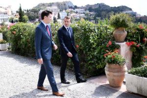 Νέοι, ωραίοι και ηγέτες! Μακρόν και Τριντό ομορφαίνουν την Ταορμίνα! [pics]