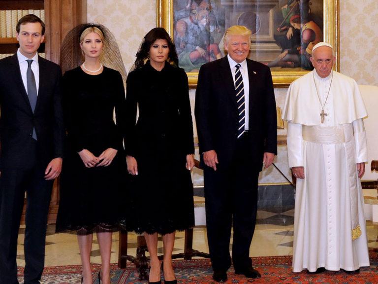 Το καψώνι του Πάπα στον Ντόναλντ Τραμπ [pics]