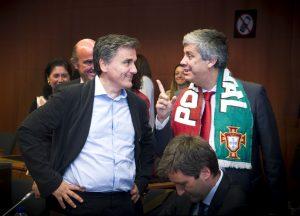 Τσακαλώτος σε Πορτογάλο ΥΠΟΙΚ: Με δικό μας σχέδιο πήρατε το Euro!