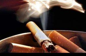 Δύο στα τρία απορρίμματα προέρχονται από καπνιστές