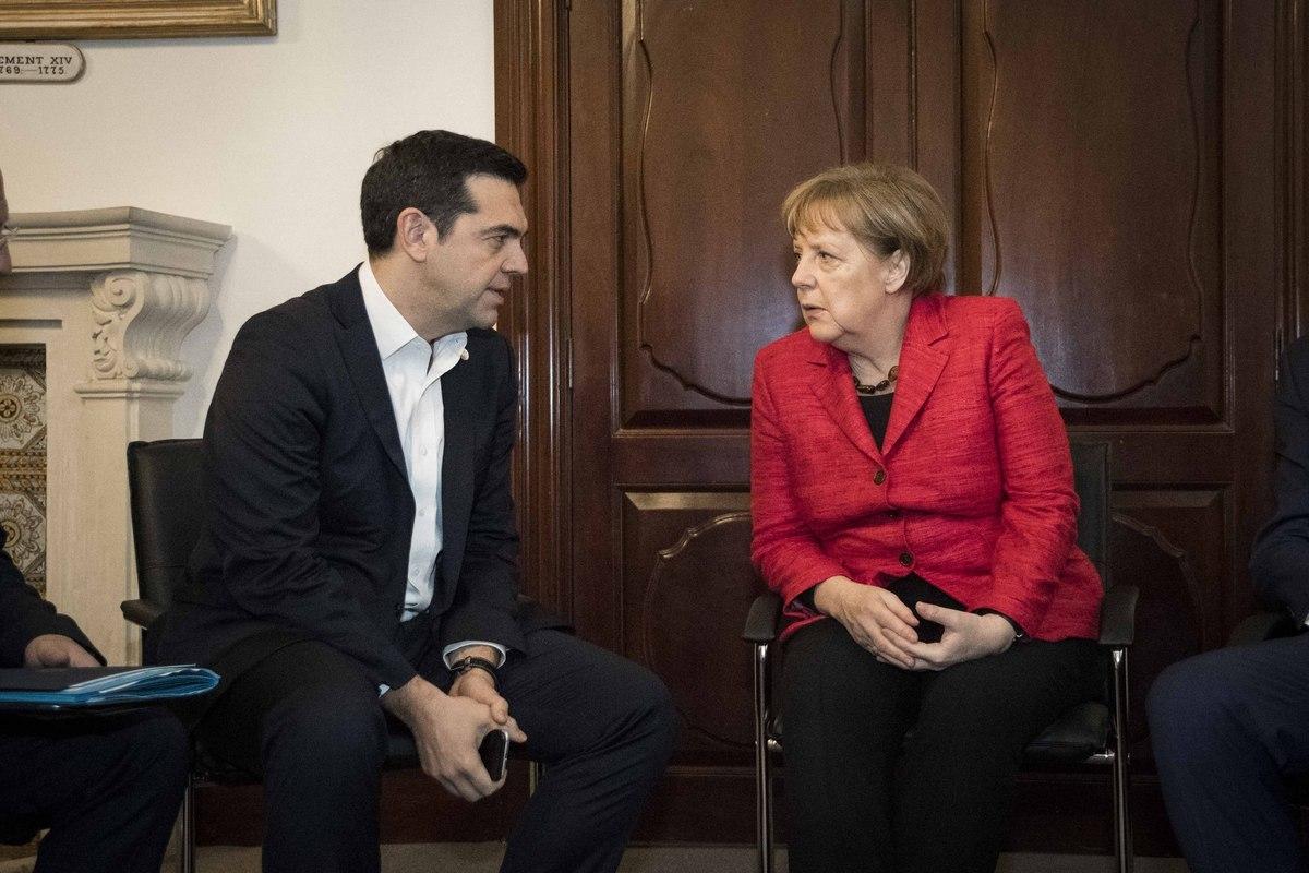 Μέρκελ – Τσίπρας συμφώνησαν να κλείσει η αξιολόγηση μέσα στο Φεβρουάριο