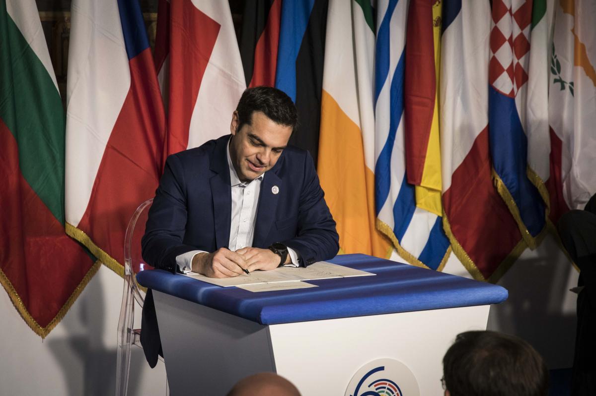 Τσίπρας: Το σκεφτόμουν αν θα υπογράψω τη Διακήρυξη – Δεν είναι η Ευρώπη που θέλουμε αλλά… [pics, vid]