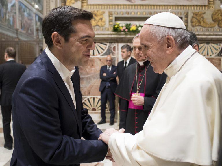 """Το """"ευχαριστώ"""" του Πάπα Φραγκίσκου στον Αλέξη Τσίπρα [pics]"""