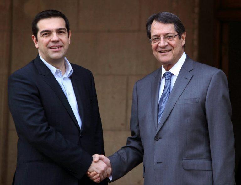 """Κυπριακό: Τα είπαν Τσίπρας – Αναστασιάδης μετά τον… """"σκοτωμό"""" στη Γενεύη"""
