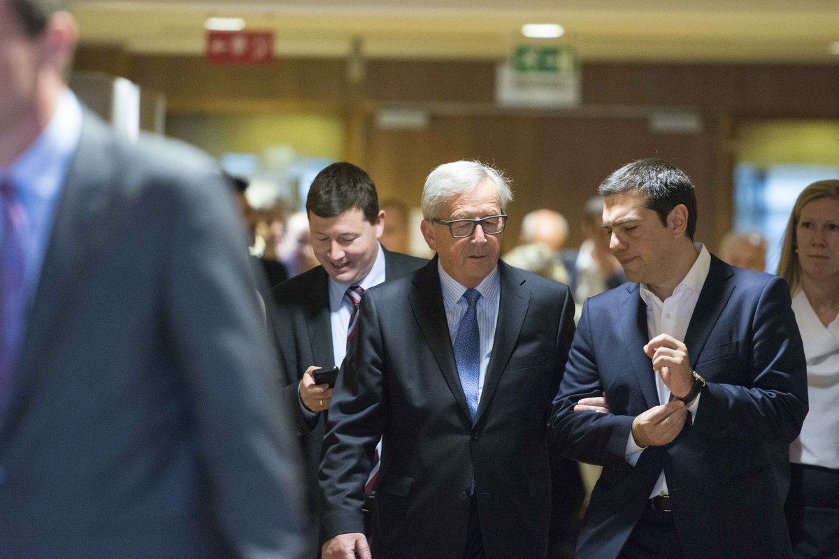 """Δημοψήφισμα: Η Κομισιόν """"αδειάζει"""" τον Αλέξη Τσίπρα! """"Τίναξες τη συμφωνία στον αέρα! Μονομερής η ενέργεια να φύγετε από τις διαπραγματεύσεις!"""""""