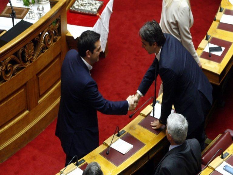 Διάγγελμα Τσίπρα: Σφοδρές επιθέσεις των κομμάτων στον Πρωθυπουργό